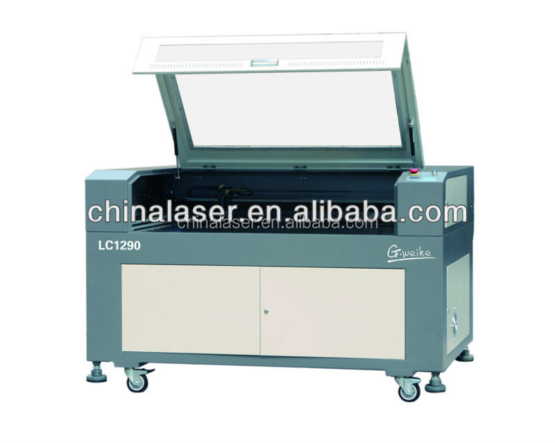 yag laser cutting machine comply with CE / FDA cnc computerized embroidery and clipping laser cutting machine