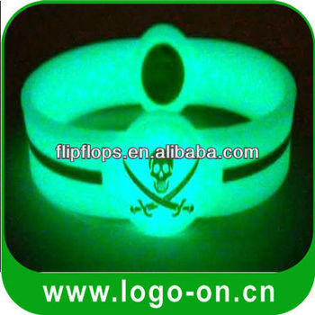 glowing silicone wristbands | glow in the dark silicone wristbands