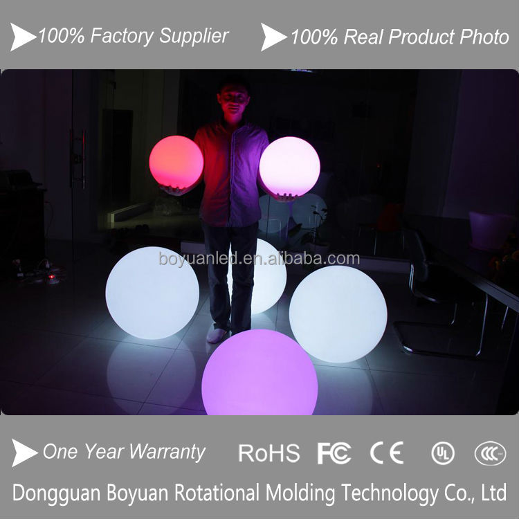 Shenzhen Christmas Decoration Rechargeable IP68 Waterproof Plastic Pool RGB LED Ball