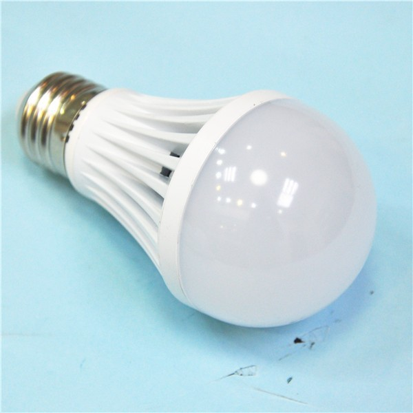 best seller CE ROHS energy saving bulb solar led light 12v 24v SMD5730 9w led bulb