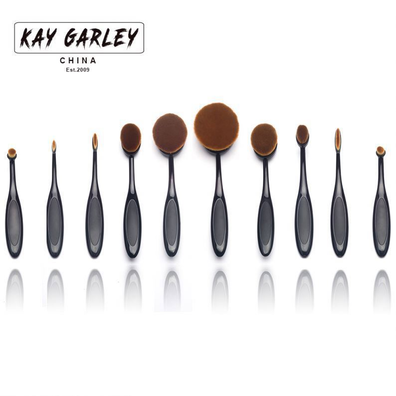 thick bundled faultless buff mineral powder brushes