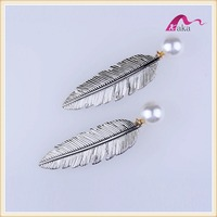 Vintage BOHO Style Fancy Large Pearl Leaf Alligator Hair Clips Grips For Girls Wedding Bridal Hair Accessories