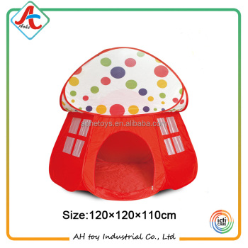 2017 Hot-selling mushroom Foldable Tent children Playground