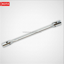 Double revolving adjustable head spanner wrench