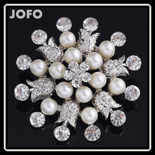 Wholesale Gold Alloy Pearls Bead Cheap Rhinestone Brooch for Wedding in Bulk DRJ0380