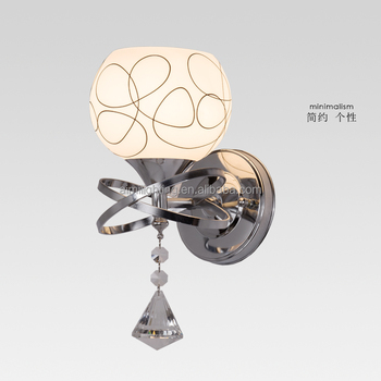 The Best selling European style silver iron wall lamp with pattern glass