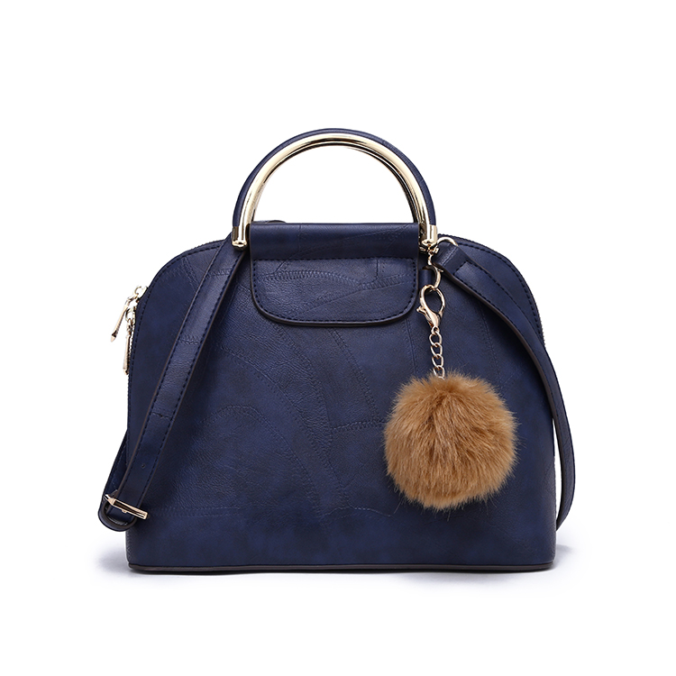High quality fashion mental handle women bag handbags with nice pon pon fur for young girls