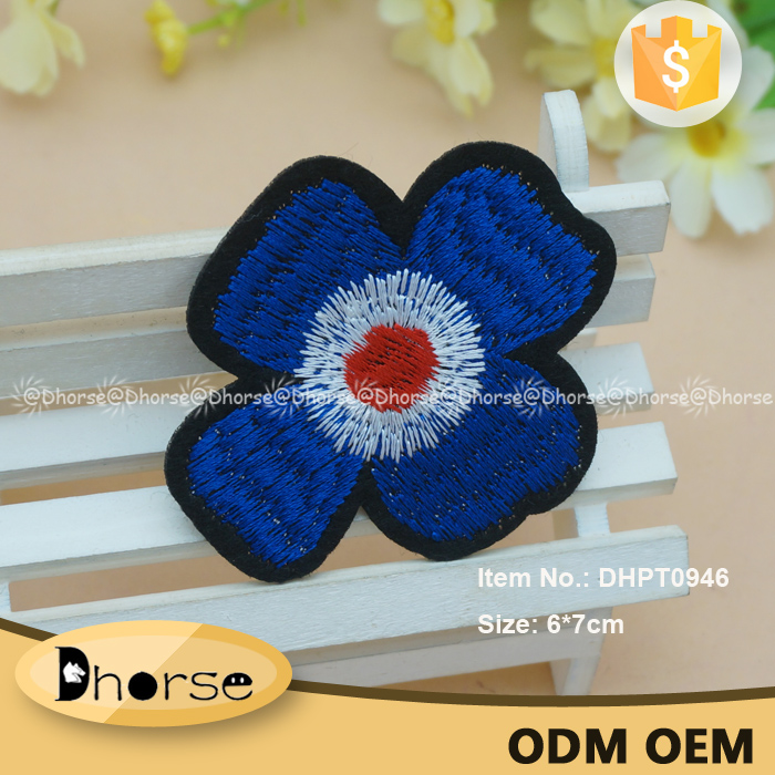 Flower design embroidery patch,blue tiny flower applique for kid clothing