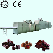 D2775 High Quality Filling Chocolate Moulding Machine