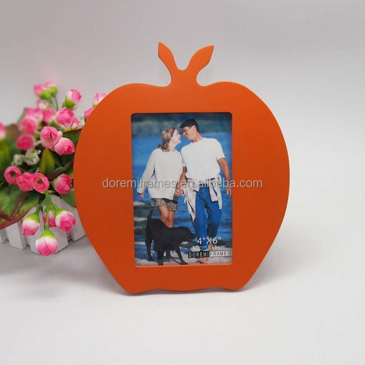 Lovely Mooden Photo Frame M640