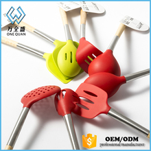 Kitchen accessories online cooking tools with iron wooden handle kitchen wares