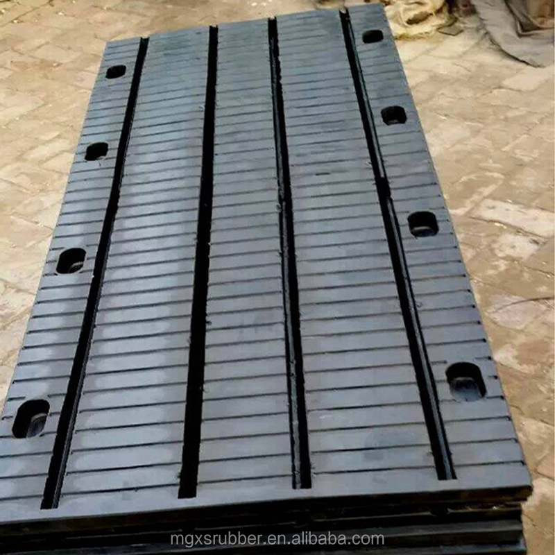 Plate rubber telescopic device