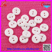 China plastic white star shape 2-hole T shirt buttons (XDJZ-016)
