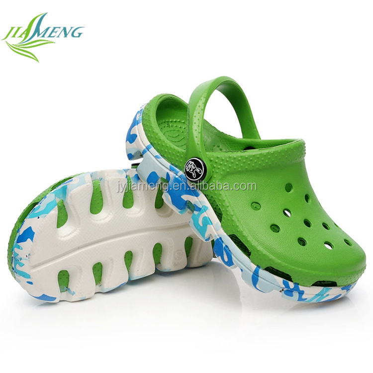 high quality factory direct sale plastic casual holey shoes