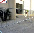 removable crowd control barrier/bridge feet temporary barrier