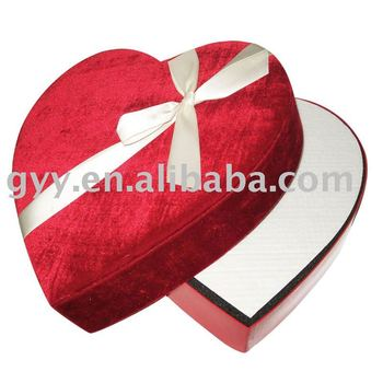 Heart box for dress packing