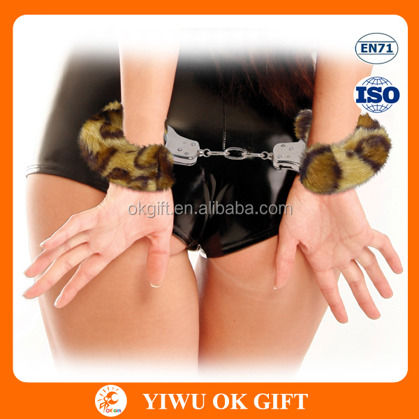 China Suppliers Hen Night Party Adult Plush Handcuffs Sex toys