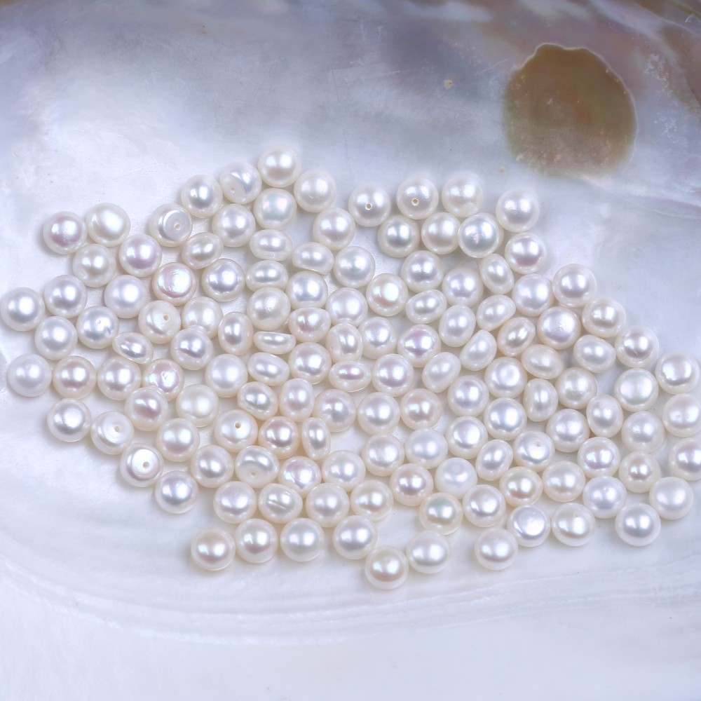 7.5-8mm AA Wholesale White Freshwater Pearls Half-drilled Button Pearls