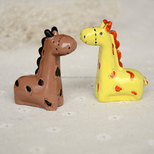 scandinavian style bedroom ornaments mimic home desktop decorations couple resin crafts giraffe figurine animal furnishings gift
