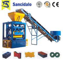 QT4-24 high pressure brick making machine