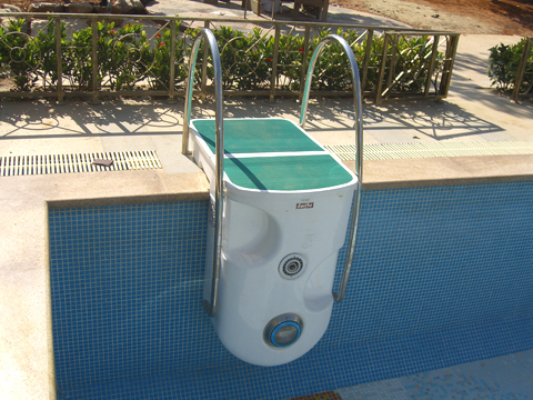 Integrative Filter In Swimming Pool Filtering Home Use Filter System Hanging On Wall
