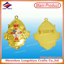 Decorative Shield of the Templar,Gold shield pin badge medal with safety pin