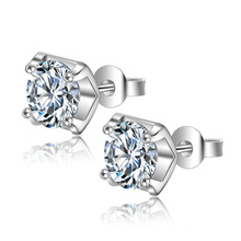 Wholesale Fashion Diamond Earrings 2019 The Latest Crystal Stud Silver Earring for Women