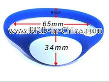 Hot Selling RFID Wristband Suppliers Silicone RFID Wrist Bands/Bracelets