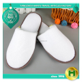 Worsted Polyester Velvet Pile Hotel Slippers / Premium Disposable Velour Closed Toe Guest Slippers / Wholesale Plain Slippers
