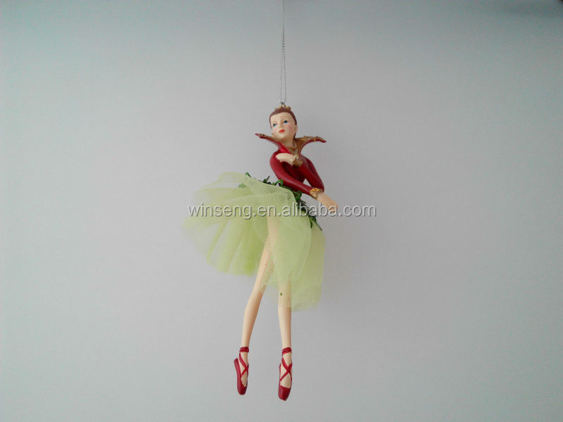 Hot Selling Polyresin Hanging Christmas Ornament