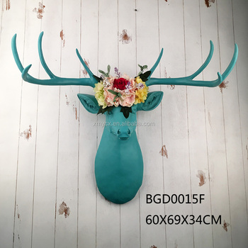 2017 New Arrival Resin Faux Taxidermy wall mounted deer skull with artificial flower