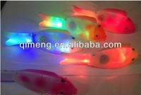 moverable and music swimming electric fish toy