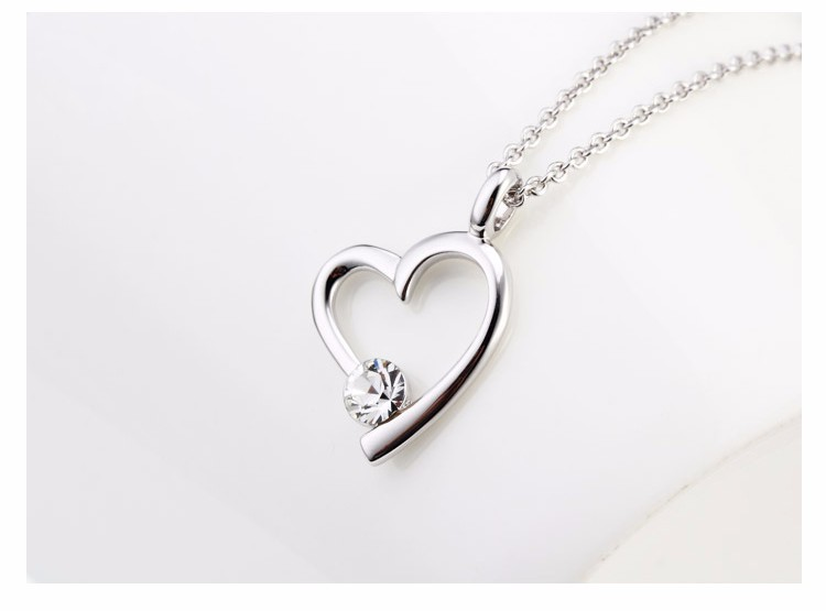 Promotional Wholesale China New Model 18K Rhodium Plated Heart Shape With Diamond Pendant Chain Necklace