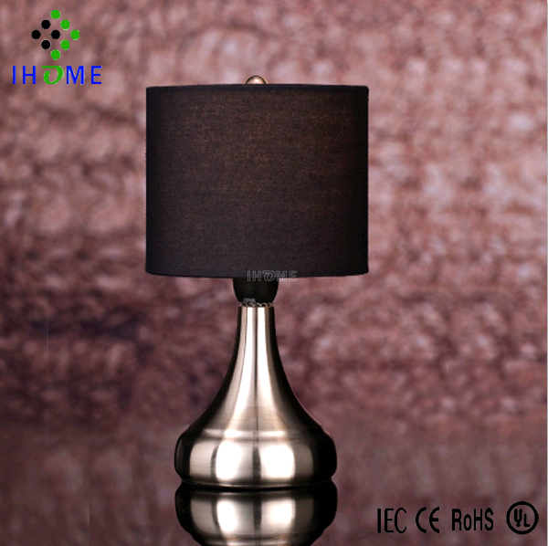 Energy saving factory price bedside table touch <strong>lamp</strong> with lampshade