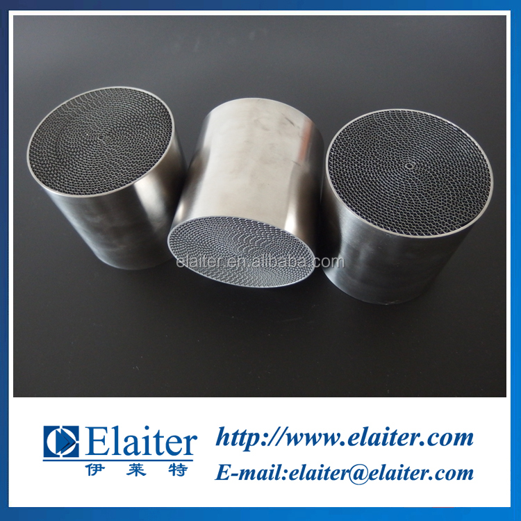 Metal catalytic converter metallic/ceramic substrate for gasoline engines exhaust system