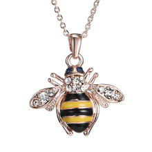 2017 New Fashion Creative Cute Small Honey Bee Pendant Jewelry for Women Men Simple Style Rose Gold Chain Necklace