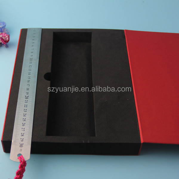 China Manufacturer Luxury Custom Paper Cardboard Gift Box with Foam Insert