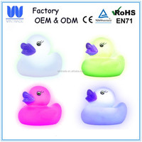 Child promotion toy floating LED duck Plastic PVC light up bath ducks