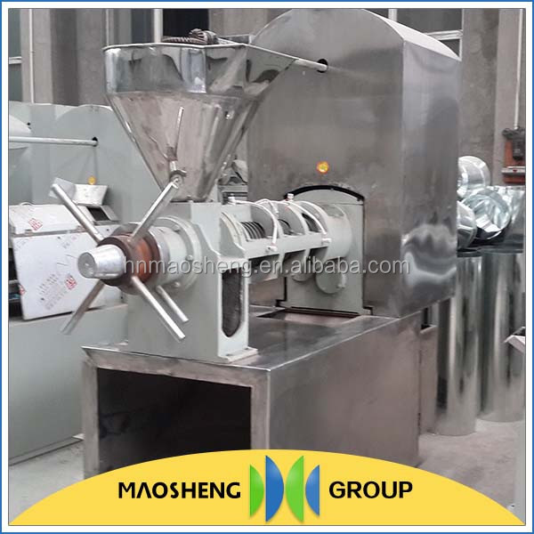 Low labor intensity castor oil making mill