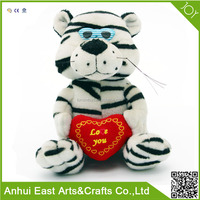CUSTOM PLUSH STUFFED TIGER WITH RE HEART FOR EXCELLENT PROMOTIONAL VALENTINE GIFT