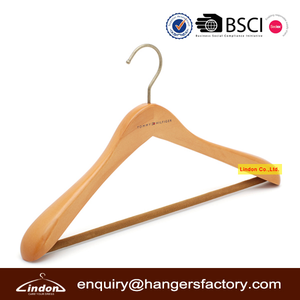 Assessed Supplier LINDON high quality wooden couture timber coat hanger with custom logo