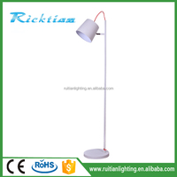 2016 hot sale fancy modern living room decorative standing light floor lamps
