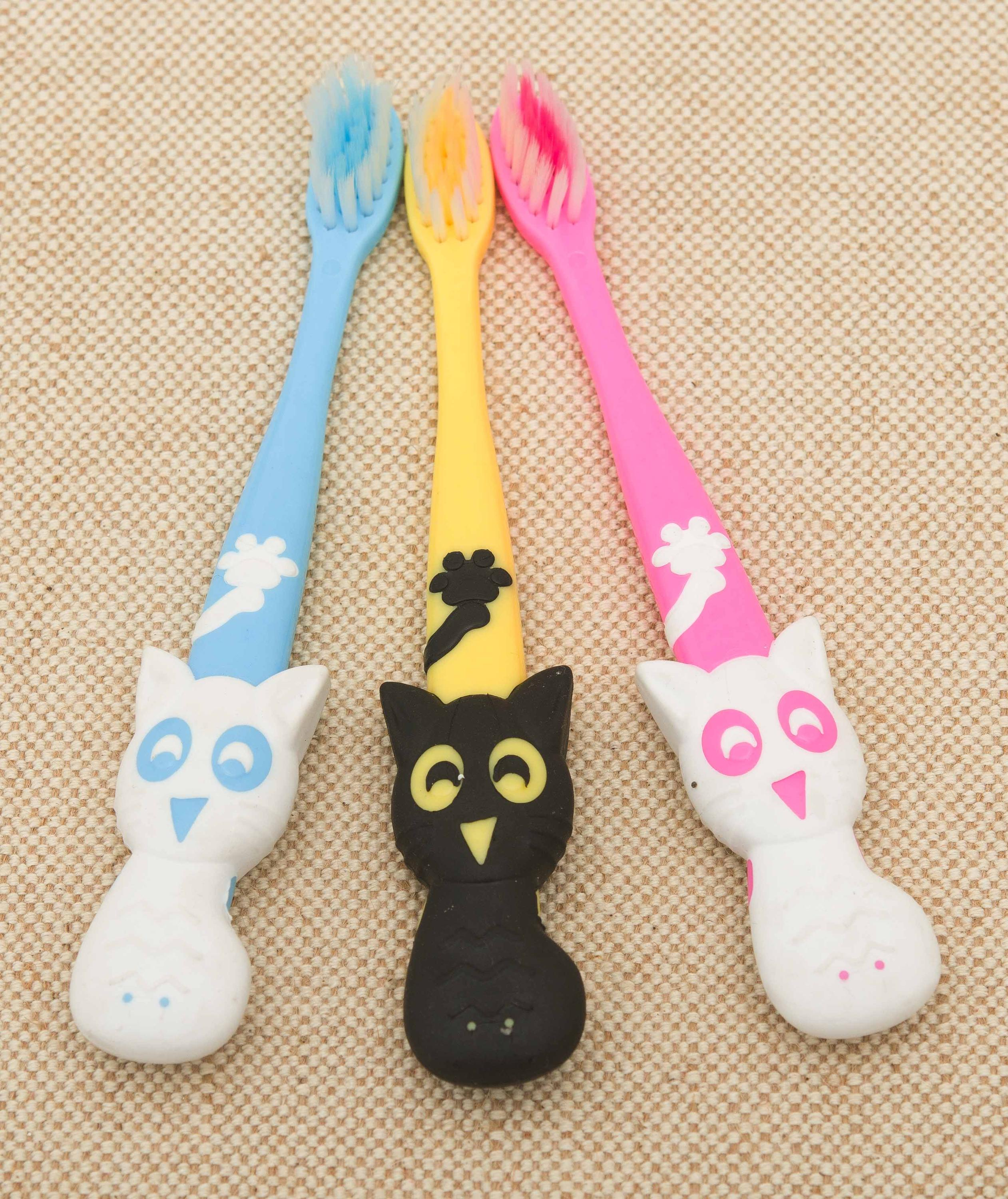 Kids child toothbrush cat shape handle toothbrush wholesale high quality