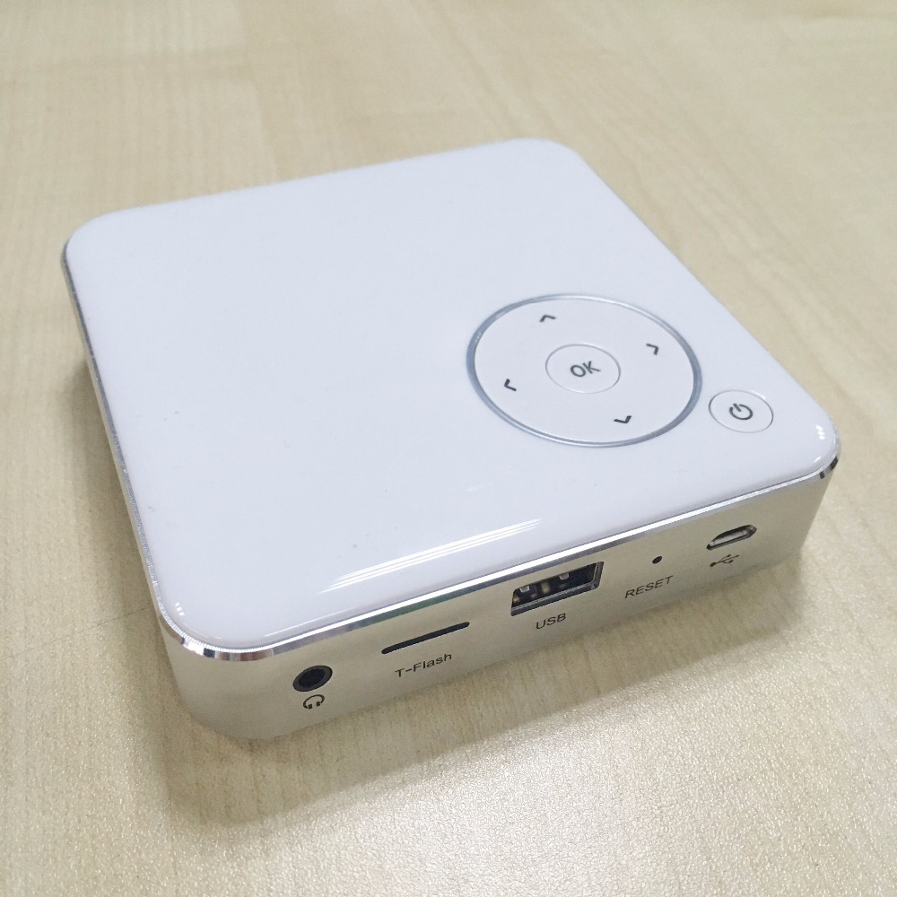 Newest High quality 854*480 Native Resolution Portable Android Beamer DLP LED Mini Projector