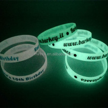 Cheap custom glow in the dark silicone wristbands/glowing silicone bracelet for events