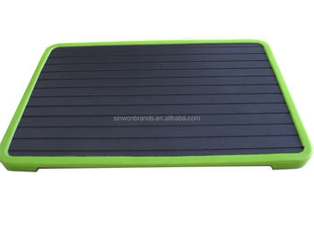 strip defrosting tray with silicone legs