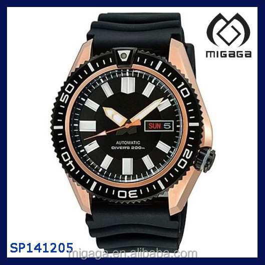 Men's Diver's Black Rubber Goldtone Automatic Watch Date Day Display Automatic Movement Water Resistant Customer Watch