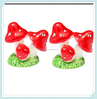 Resin garden mini red mushroom ornaments