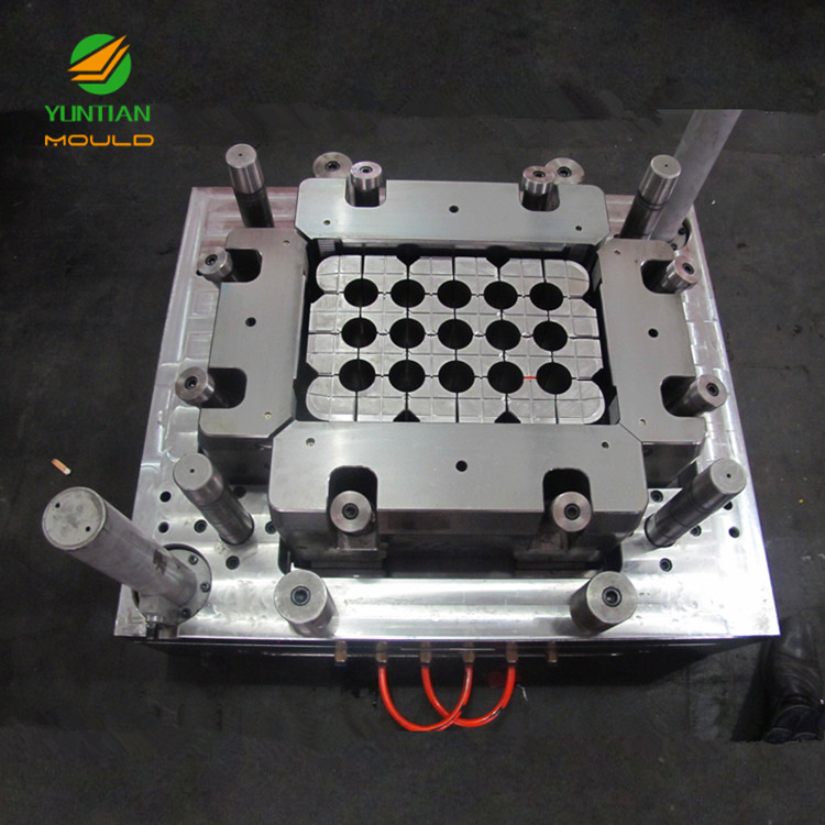 china supplier plastic injection mould 24 bottles beer box plastic beer case mould manufacturer machine
