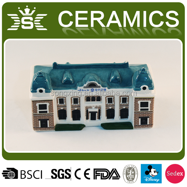 OEM kids Wholesale novelty house shape ceramic piggy banks
